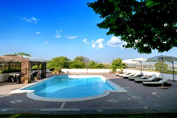 piscina villa dei tigli resort b&b pietrelcina